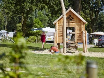 Campieren und spielen